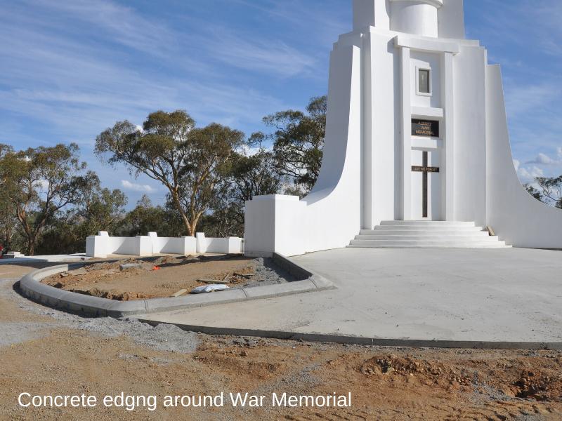 Monument 14-02